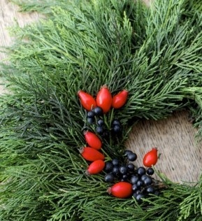 Winter Project: A DIY Wreath from Foraged Materials